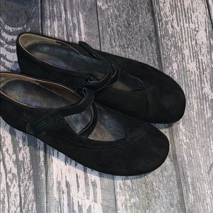 Wolky Black Suede Shoes Size 39